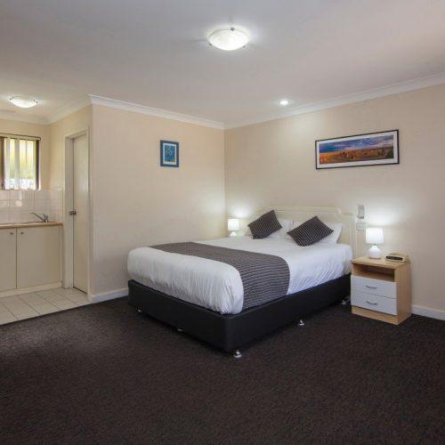 Standard Queen Room Motel